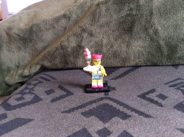 Lego server